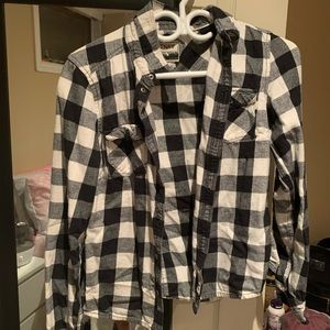 Black and white TNA flannel